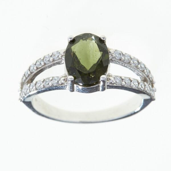 Prsten s vltavínem