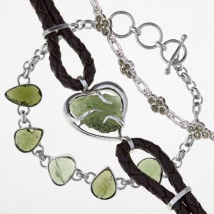 Bracelets with moldavites